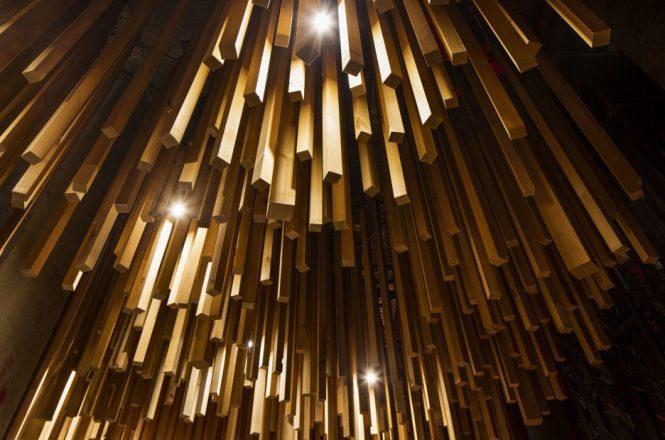 Ganadara-Bar-design-by-jean-de-lessard-designers-creatifs-11-936x620